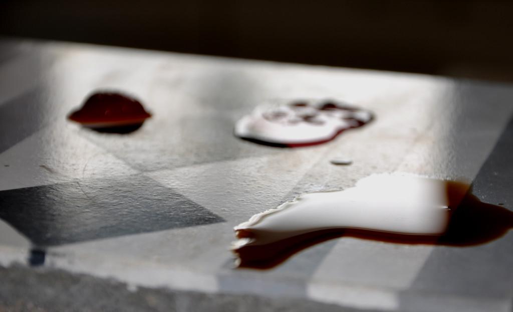 Test impregnatów do płytek cementowych.