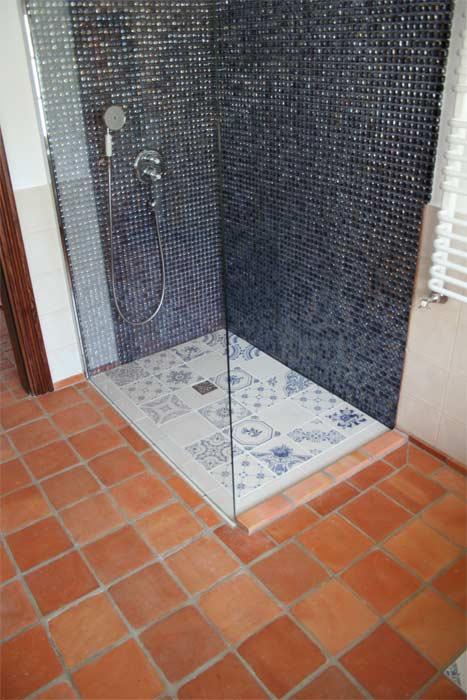 terakota w łazience