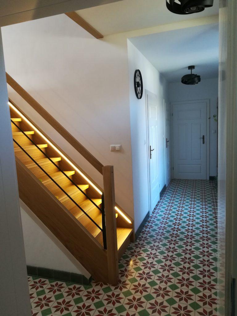 Płytki cementowe, korytarz c. d.